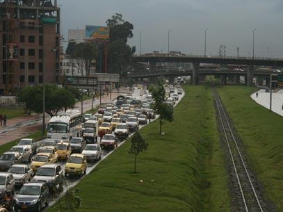 Transito no momento em Bogotá. Não confunda com a Marginal...